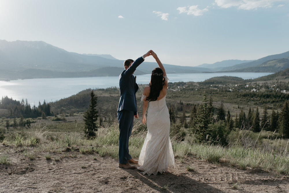 Sapphire Point elopement in Colorado
