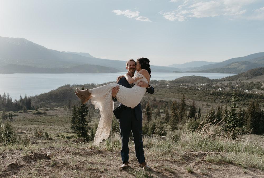 Sapphire Point elopement photographer