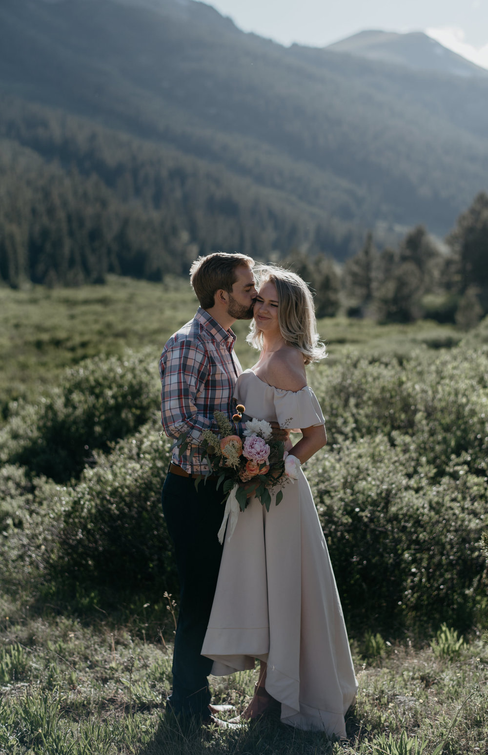 Colorado wedding photographer based in Aspen.