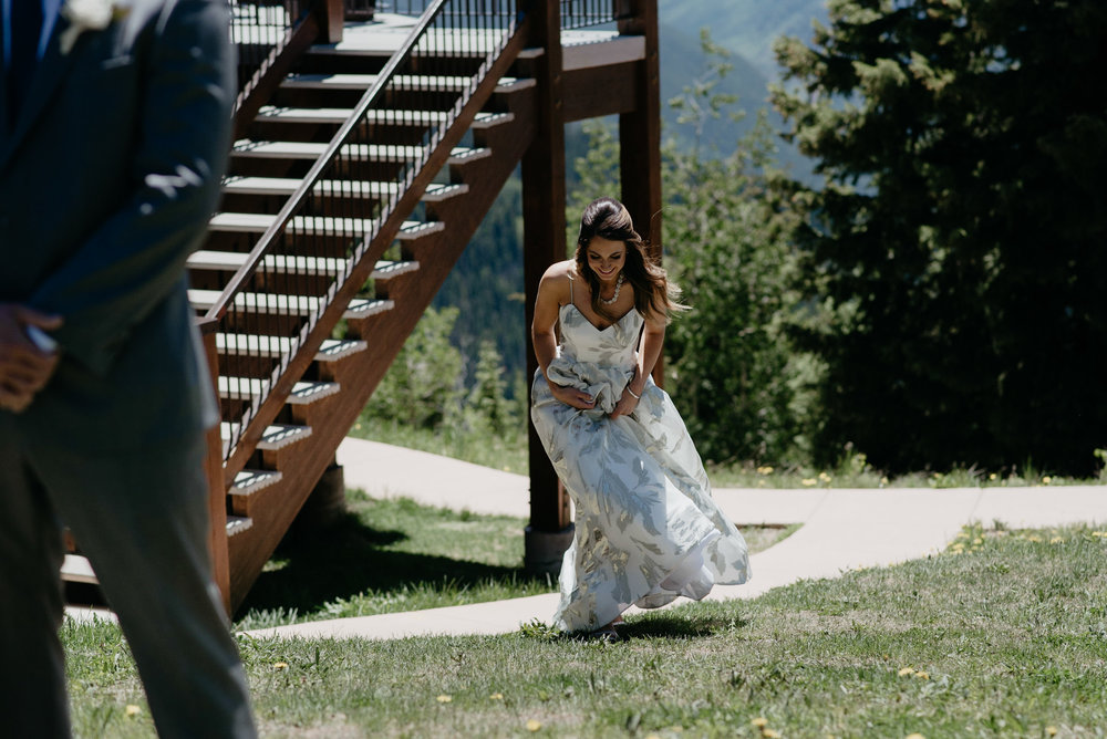 aspen-wedding-photographer-first-look