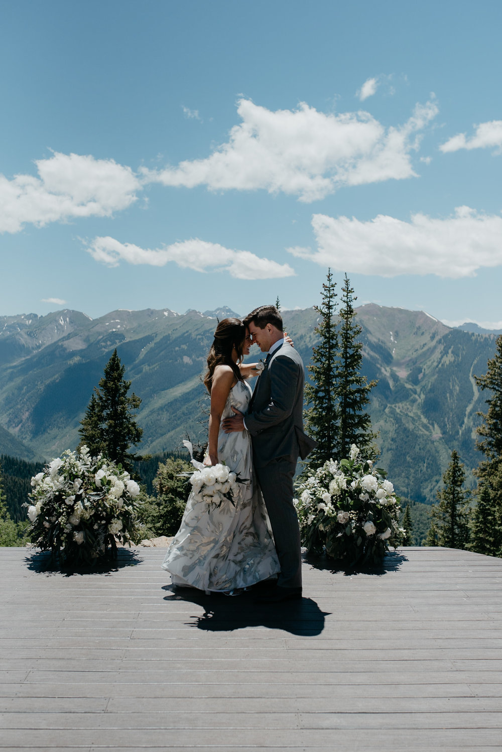 Aspen elopement and wedding photographer, Alyssa Reinhold.
