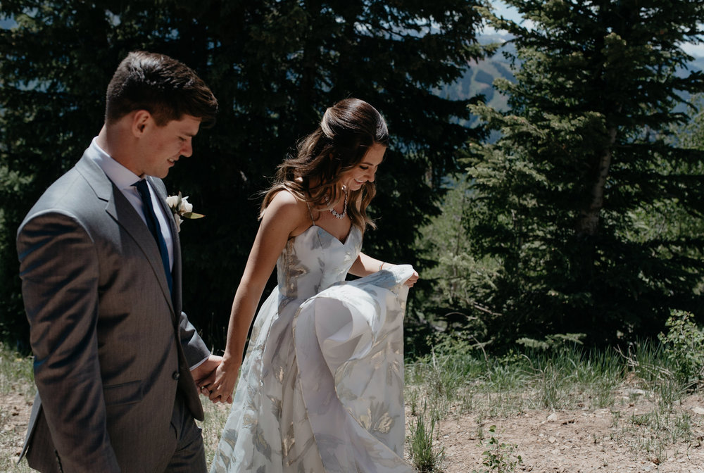 Colorado based elopement and wedding photographer.