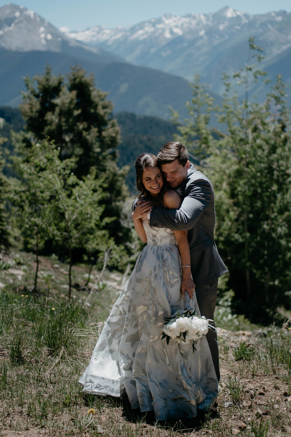 Alyssa Reinhold, Colorado based elopement and wedding photographer