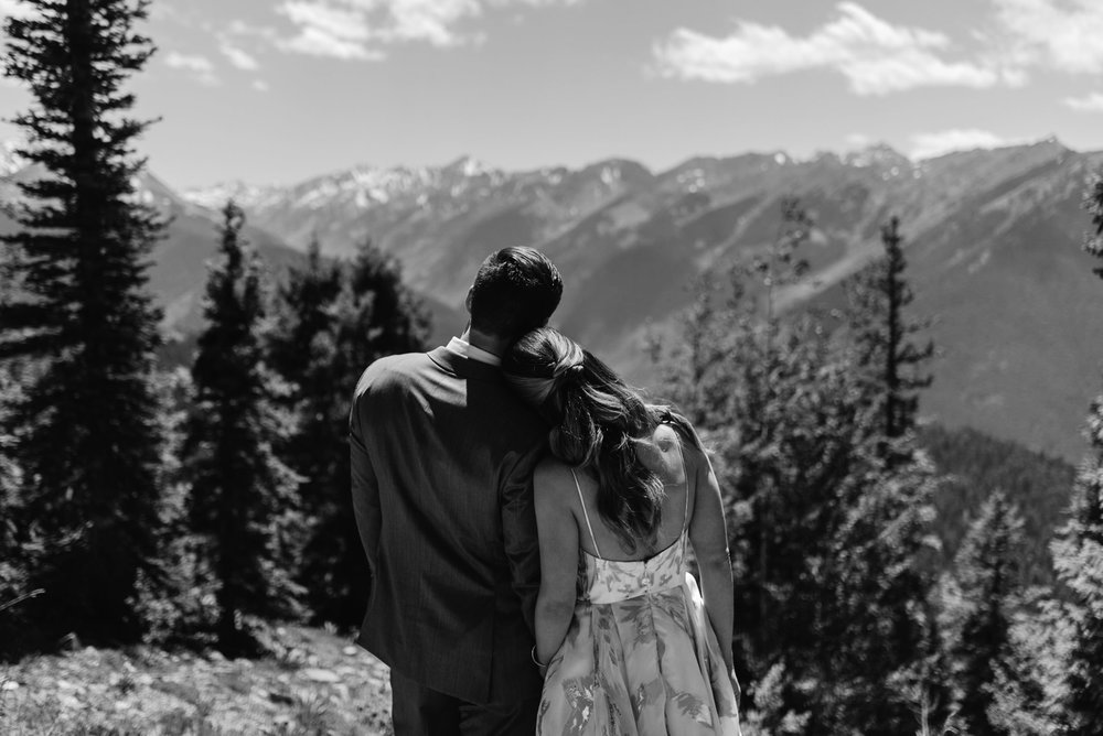 Aspen, Colorado wedding venue. Colorado elopement and wedding photographer.