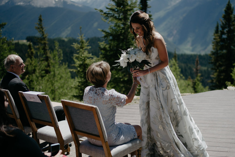 Wedding ceremony in Aspen, Colorado. Colorado wedding photographer.