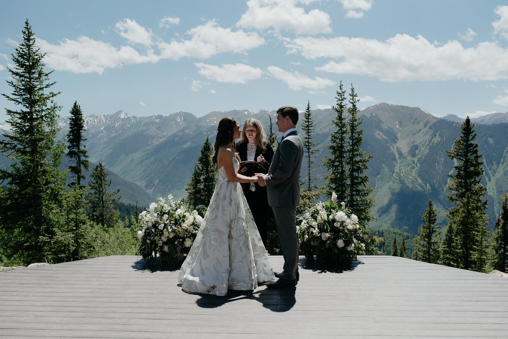 Aspen wedding deck in Colorado. Aspen mountain wedding venue.