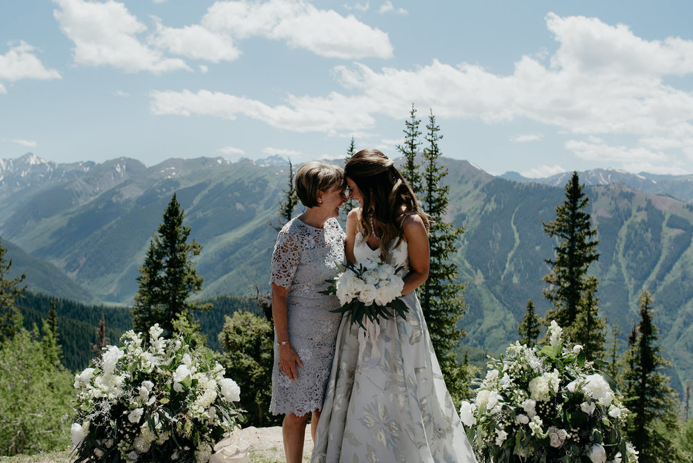 Aspen wedding photographer. Photo of bride and mom.