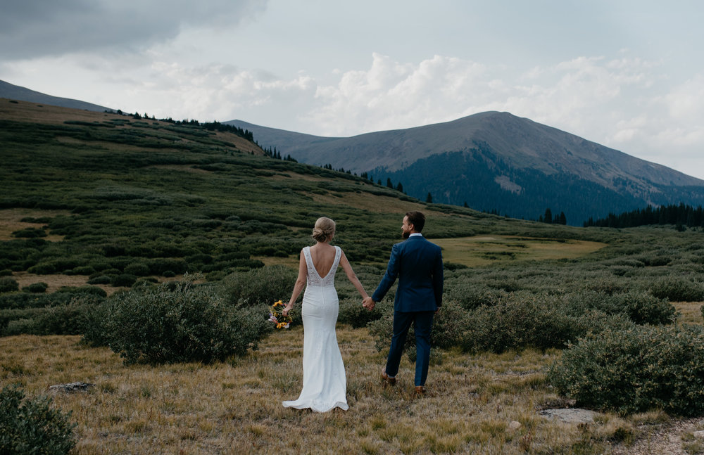 Hiking elopement in Colorado. Denver wedding photographer.