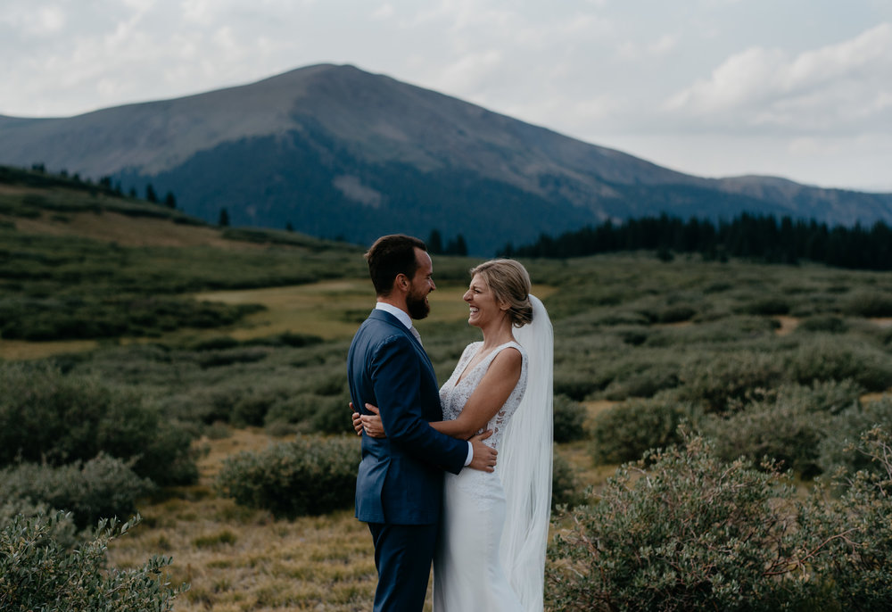 Colorado wedding photographer based in Denver. Colorado elopement inspiration.