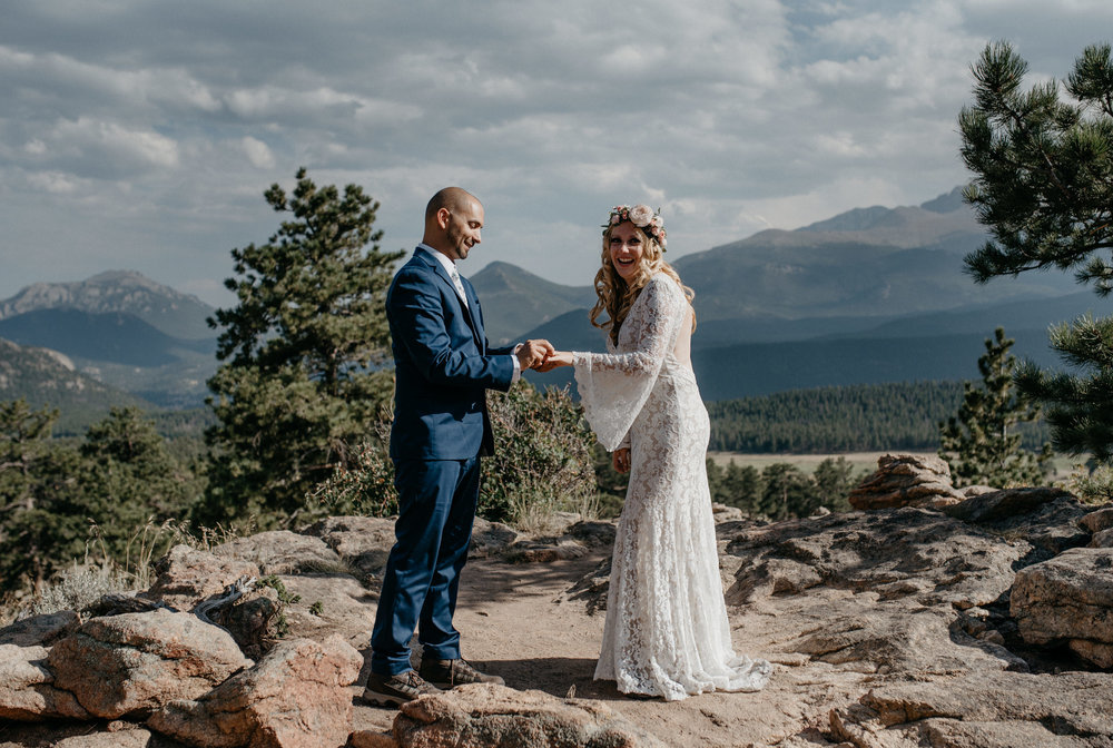 Colorado wedding in Rocky Mountain National Park. Denver wedding photographer.