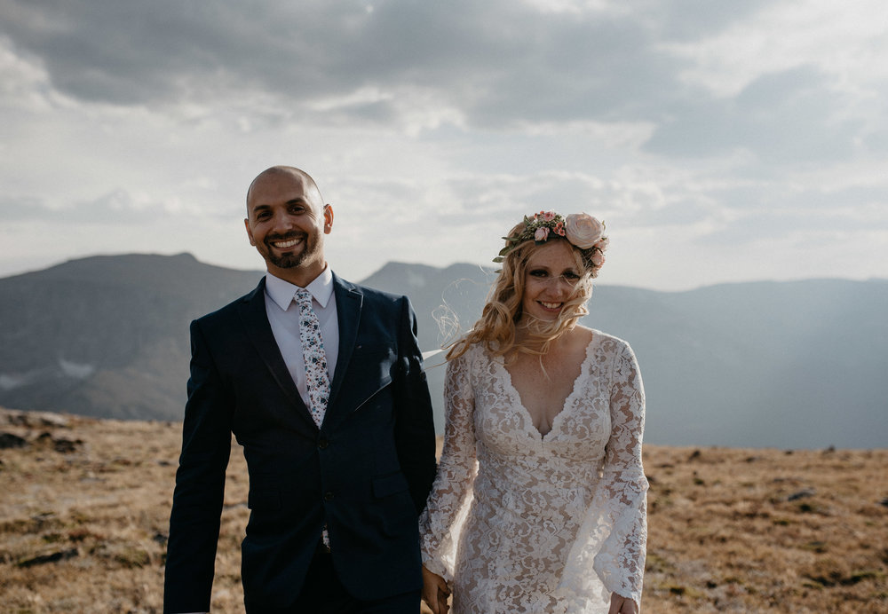 Mountain adventure elopement and wedding photographer. Colorado elopement in Rocky Mountain National Park.