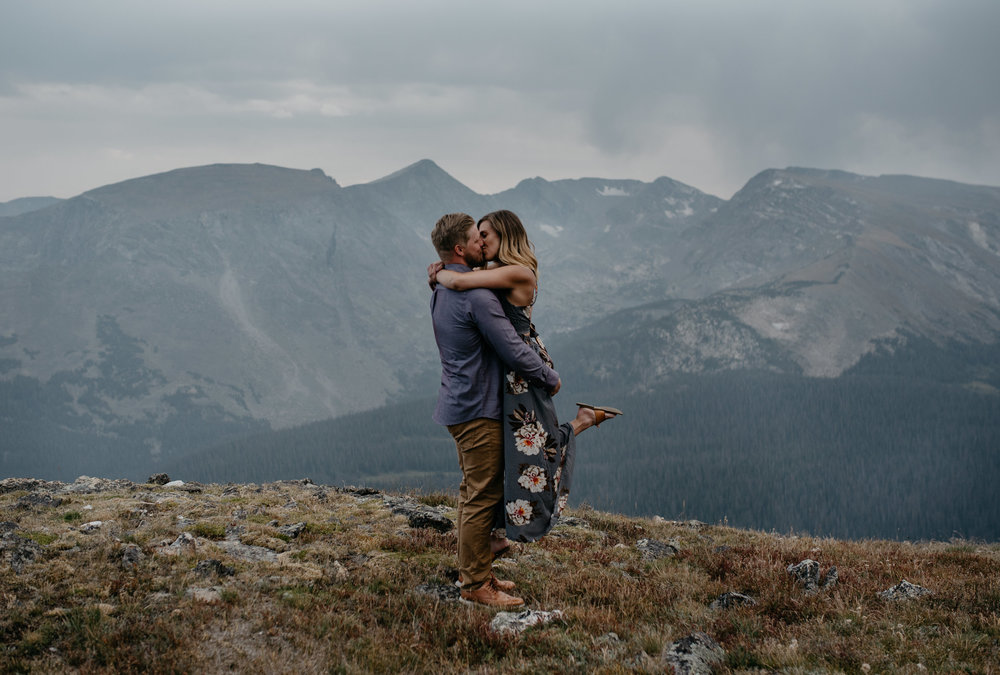Estes Park, Colorado wedding photographer. Rocky Mountain National Park adventure elopement photos.