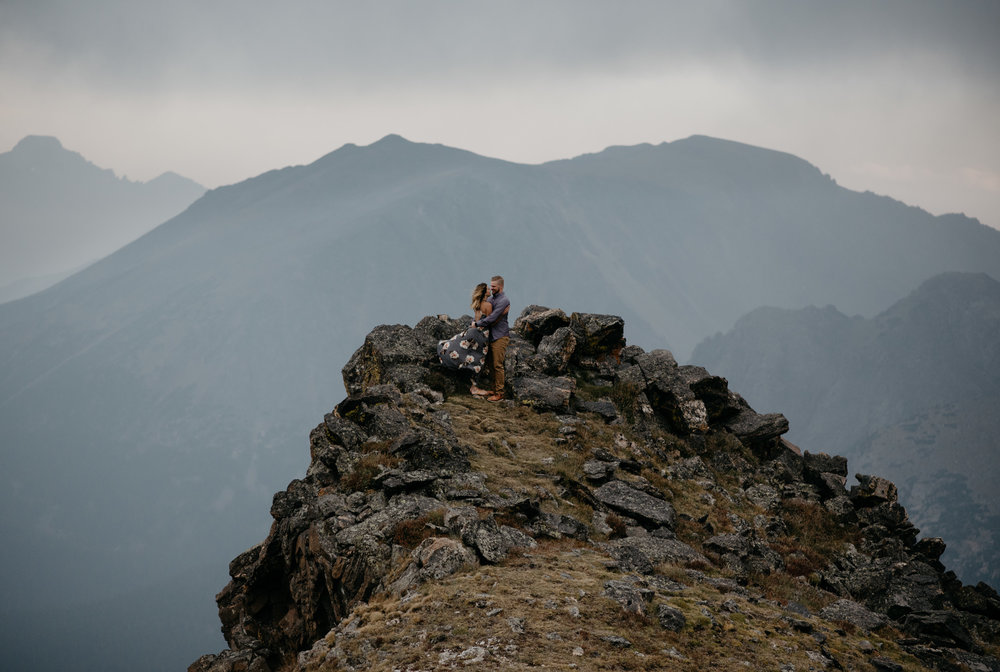 Adventure elopement in RMNP. Colorado wedding and elopement photographer. Mountaintop elopement inspiration in Rocky Mountain National Park.