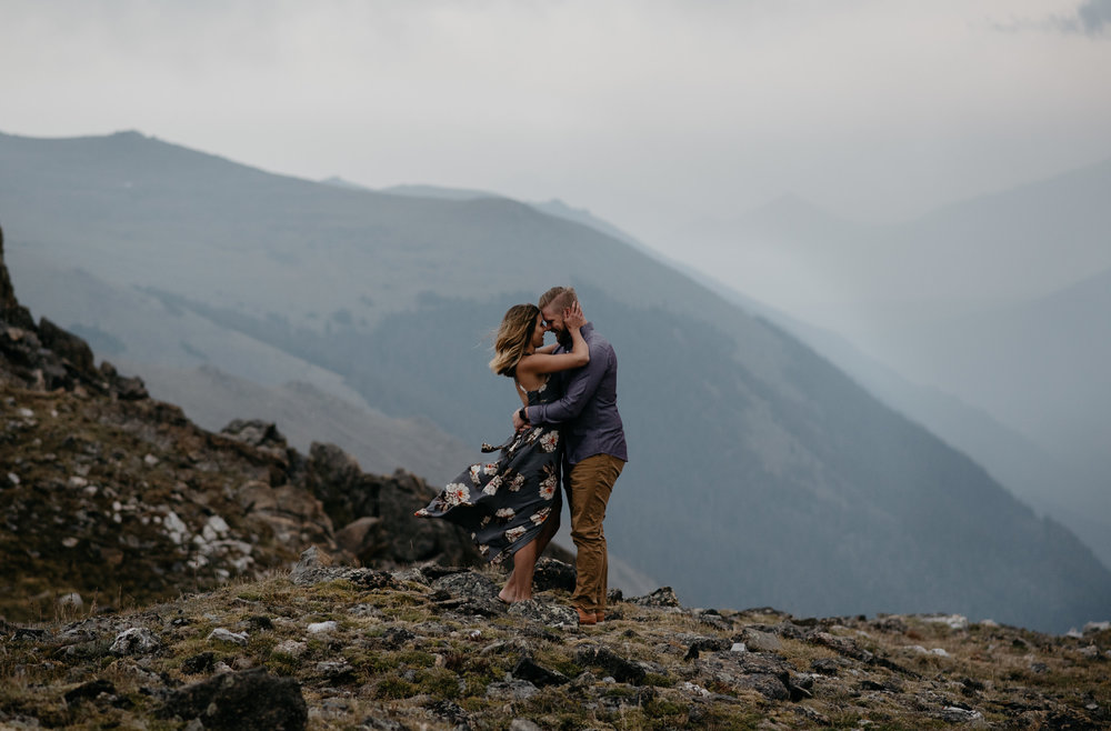 Alyssa Reinhold, Colorado wedding and elopement photographer. Trail Ridge Road elopement in Rocky Mountain National Park.