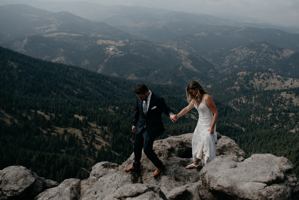 Colorado mountain elopement photos. Colorado based wedding and elopement photographer.
