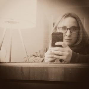mirror-mirror-2-300x300.jpg