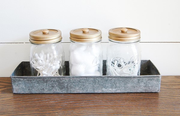 bathroom storage mason jars.jpg