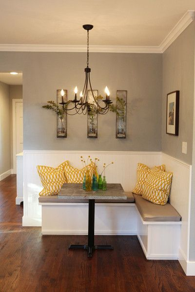breakfast nook color accents.jpg