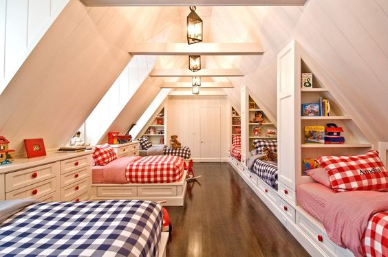 kids attic bedroom.jpg