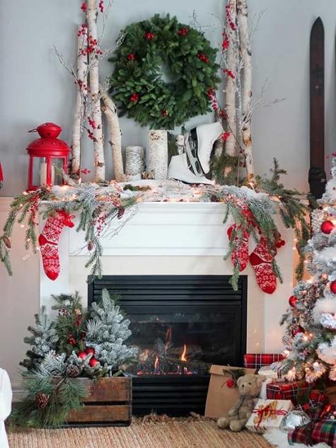 Christmas mantel greenery garland.jpg