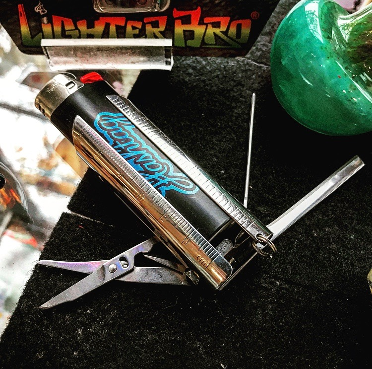 LighterBro multi tool ($18) - Once this goes onto their lighter, they will never lose their lighter ever again. With miniature tools that are really helpful for the needs of daily smokers!