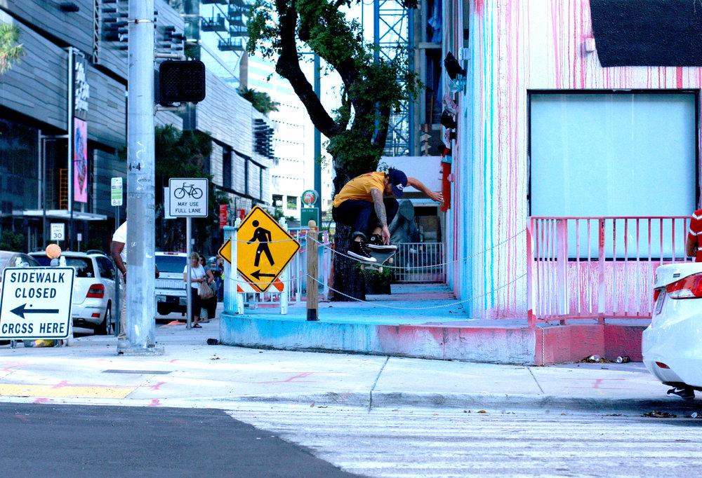 Art Basel - Downtown Brickel, Miami   Eddiesleven ( @eddiesleven )