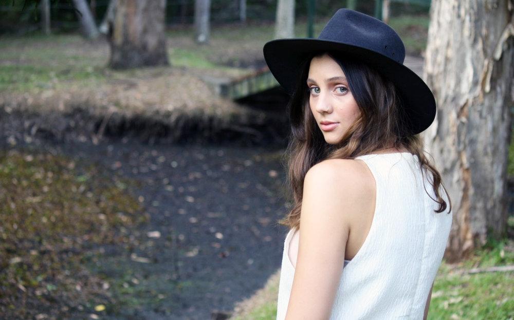 Alexandra2.jpg