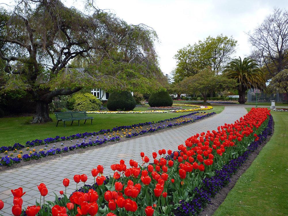 Victoria-Pk-in-spring_2.jpg