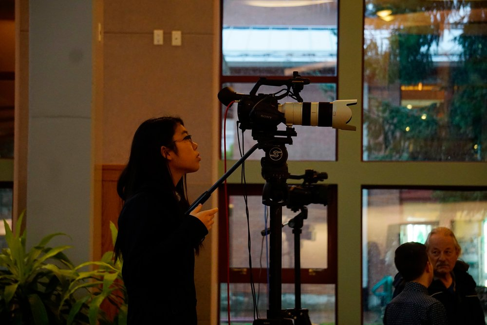 Forum Youth volunteer Tamaki Yoshihara helps to live stream the discussion to the Forum's Facebook feed.   *Photo taken by Philipp Klein