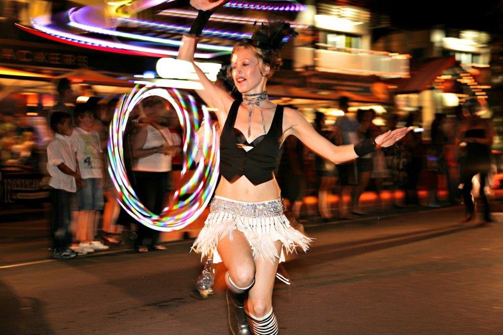 Macrossan-Street-Parade-1024x682.jpg