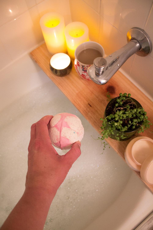 lush-bath-bomb.jpg