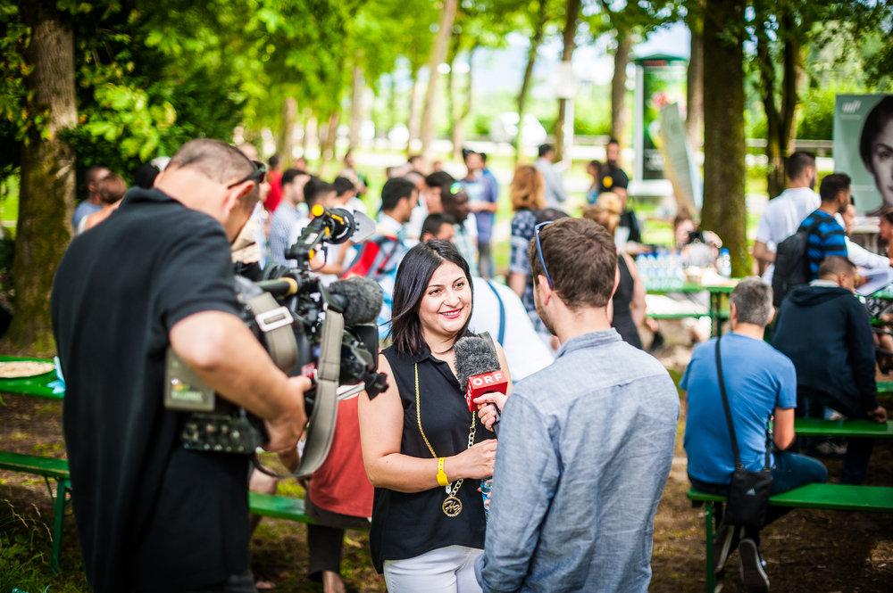 Dass auch der ORF Salzburg wieder mit von der Partie war, freute uns besonders! Dieses Interview mit Manal Afarah hat ein Leben verändert. Zwei Wochen später hatte die Bauingenieurin aus Syrien einen neuen Job!