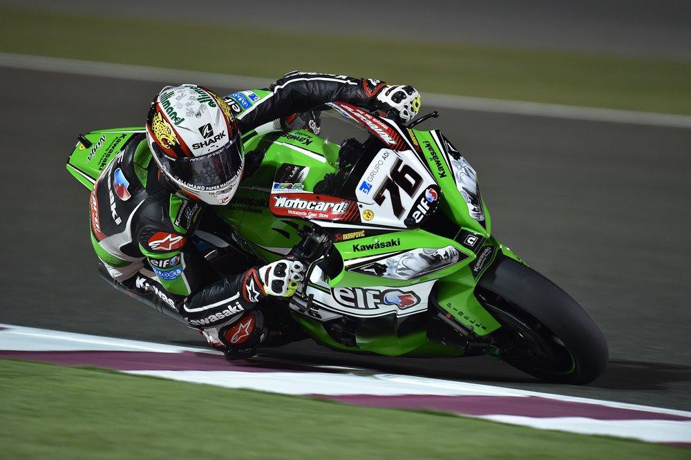 motorcycles-race-helmets-pilots-163221.jpeg