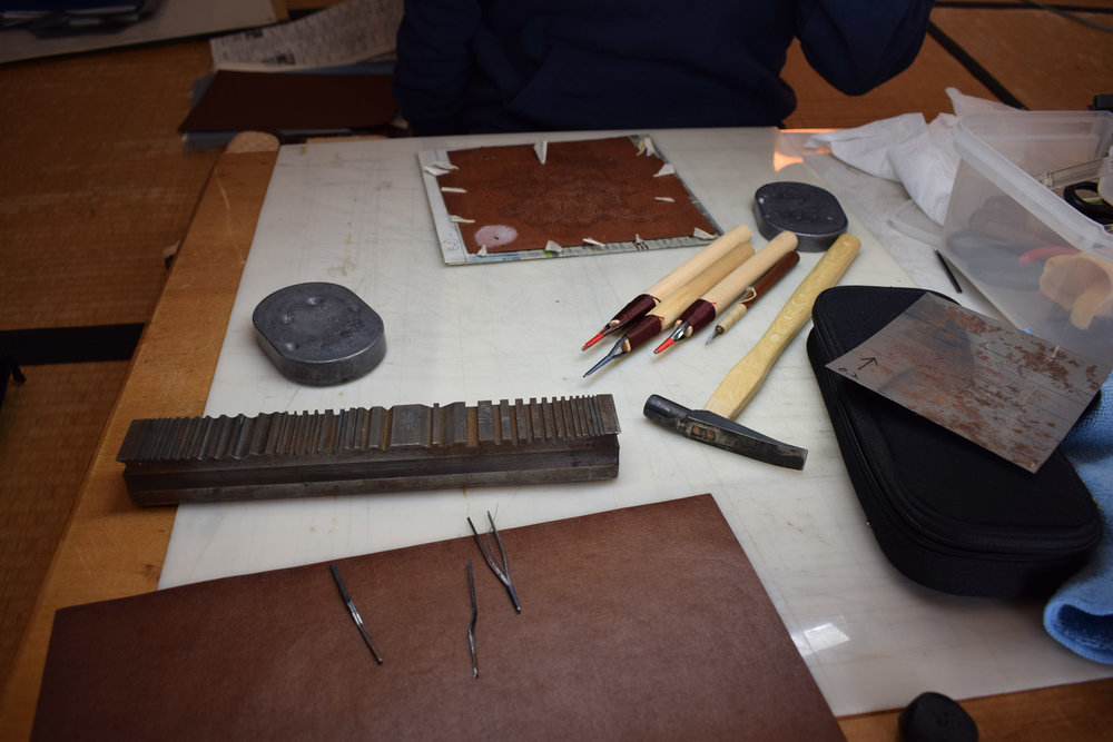 Dogubori stencilling tools