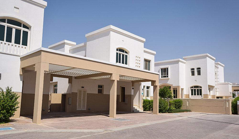Stunning Three + One Villa in Al Khaleej Village, Al Ghadeer