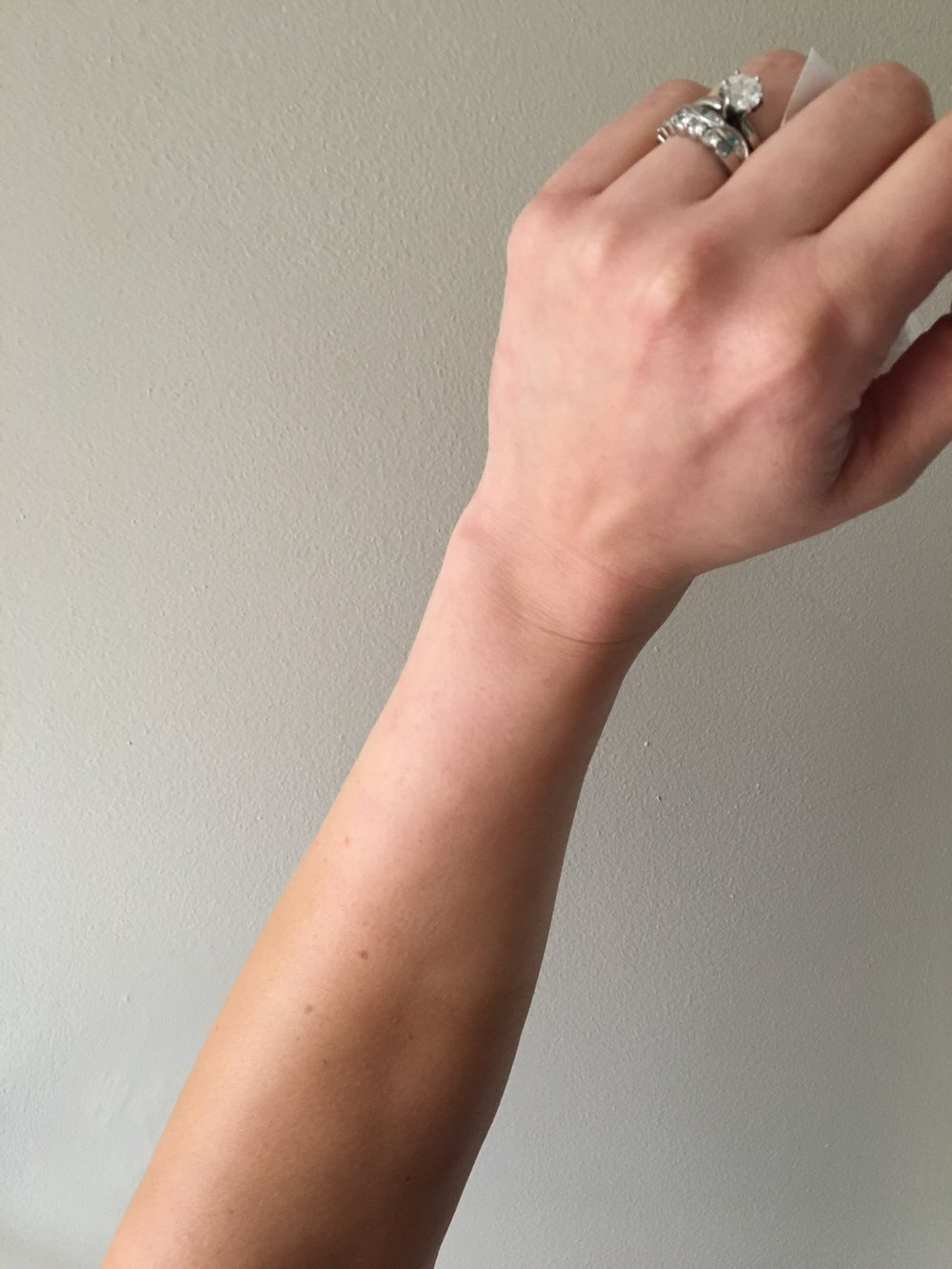 Vita Liberata Body Blur  in Medium from elbow, nothing at wrist, and yes I'm holding tissue