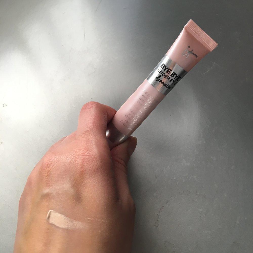 IT Cosmetics Bye Bye Under Eye Illuminating Concealer