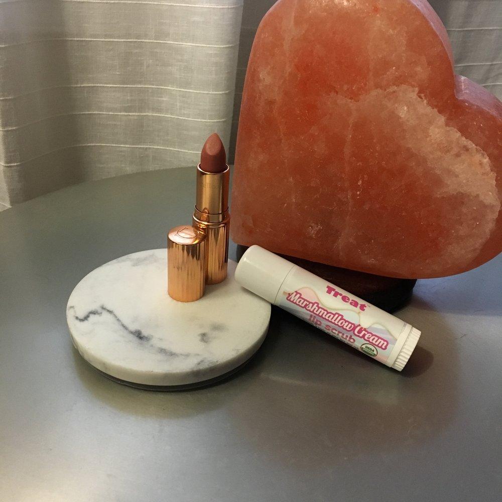 Treat Lip Scrub