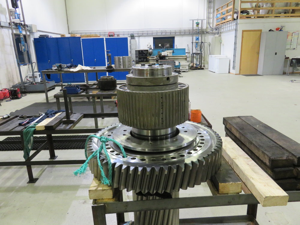 Overhaul of Wartsila gearbox.
