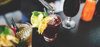 Drinks & Bebidas -