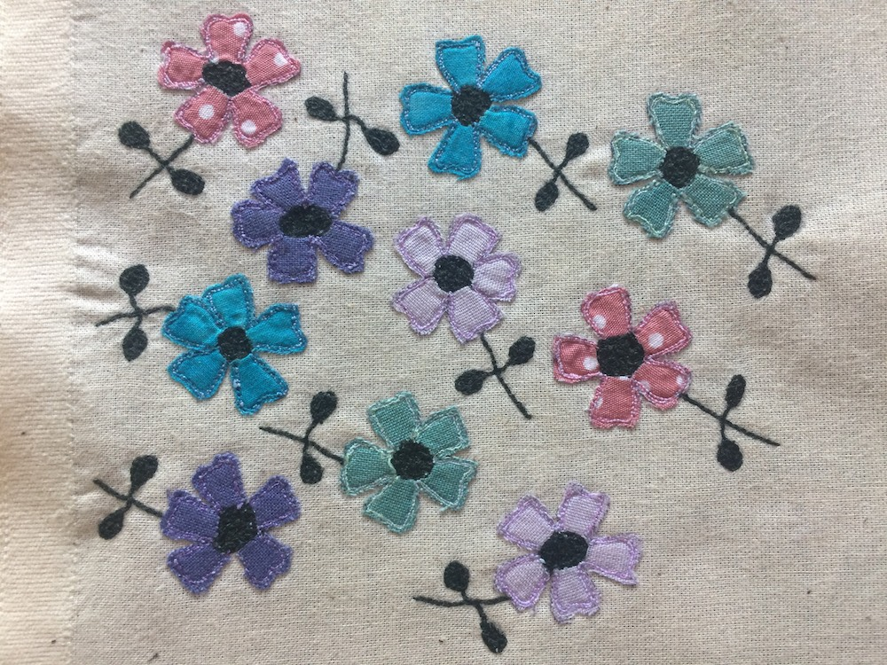 Free motion embroidery flowers.JPG