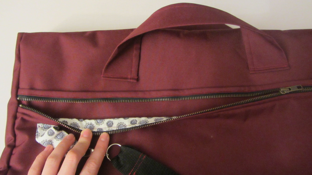Handmade travel bag 2.jpg