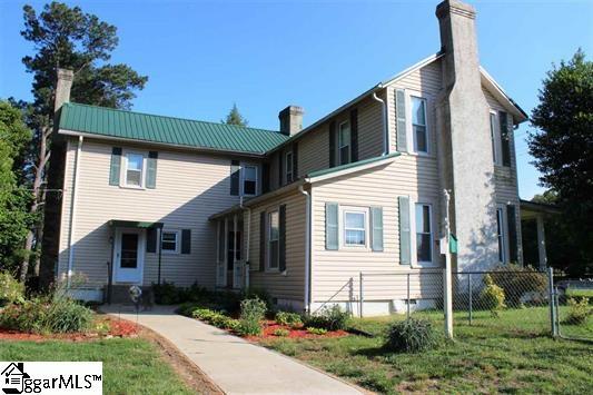 STATUS: SOLD   3552 New Cut Road |Inman SC I 29349  $230,000 I MLS# 1323446  4 Beds, 2 baths I Spartanburg County
