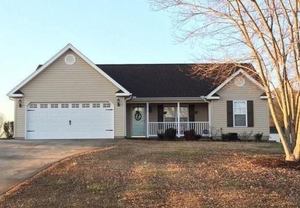 STATUS:SOLD   1212 Lightwood Knot Rd I Woodruff, SC I 29388  $159,900 I MLS# -  3 Beds, 2 baths I Spartanburg County