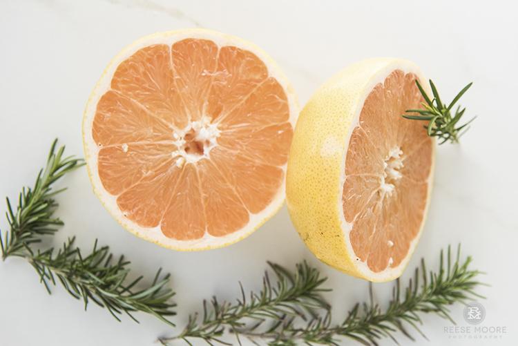 5 DIY Scented Vinegar Cleaners