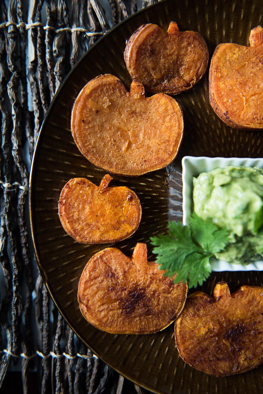 Cute Halloween Food: Sweet Potato Pumpkins with Avocado Aioli