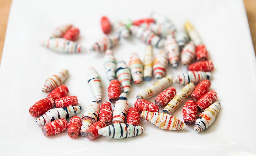 How to Upcycle Wrapping Paper into Boho Paper Bead Necklaces-8714.jpg