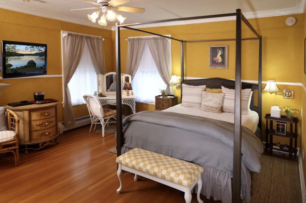 Champlain Room