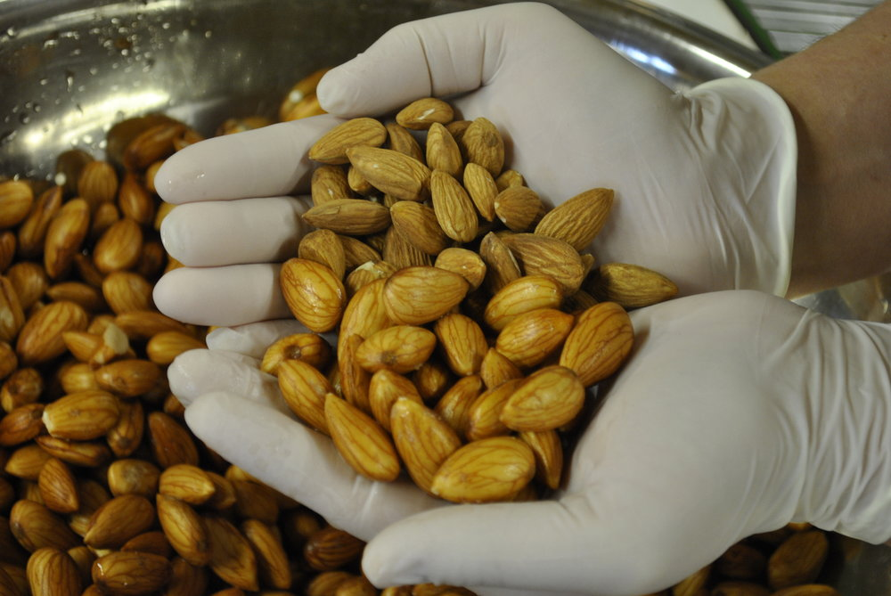 Almonds before and after soaking.