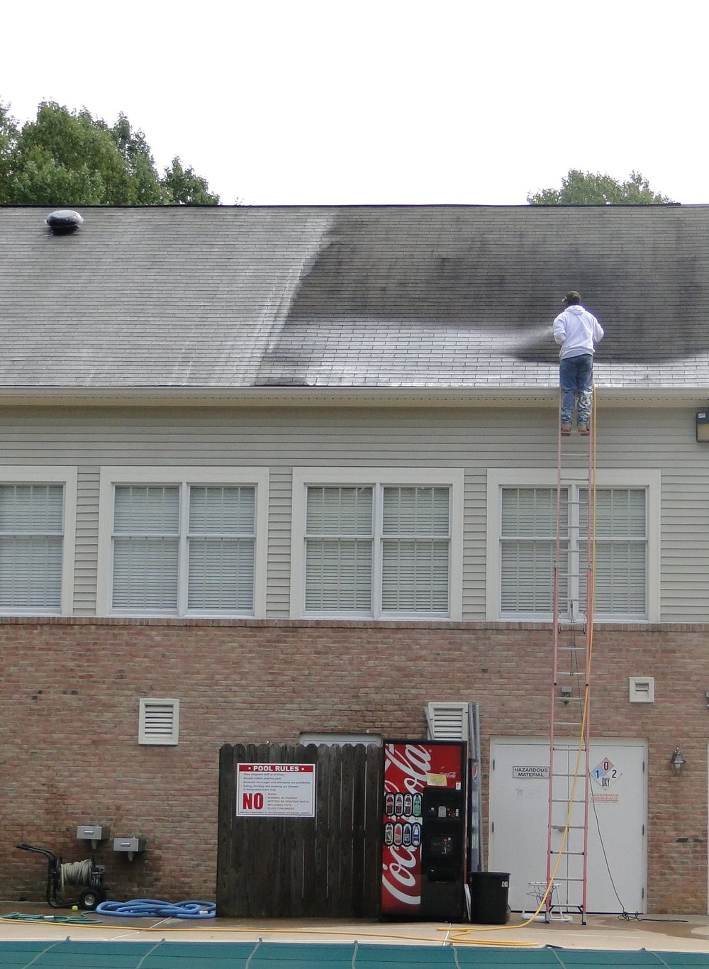 - Commercial Roof Cleanings